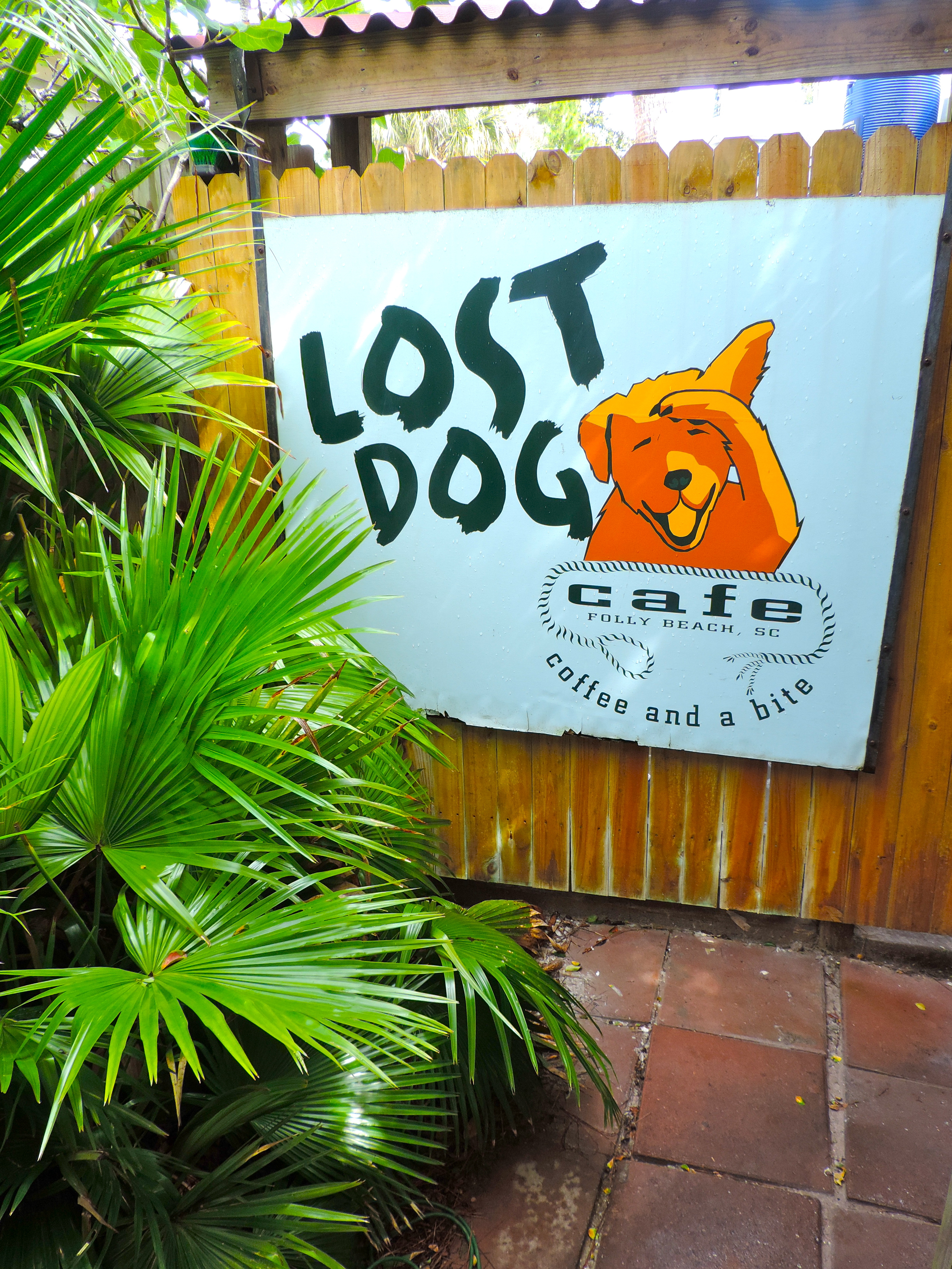 Lost Dog Cafe | Girl About Columbus