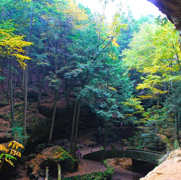 Old Man's Cave | girl about columbus