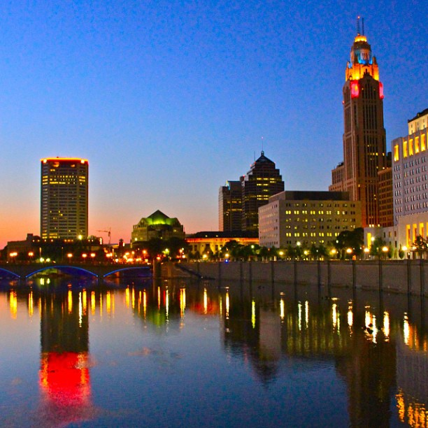 columbus_ohio_skyline_scioto_mile