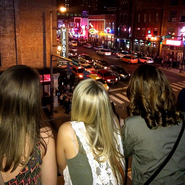 nashville-tennessee-honky-tonk-central