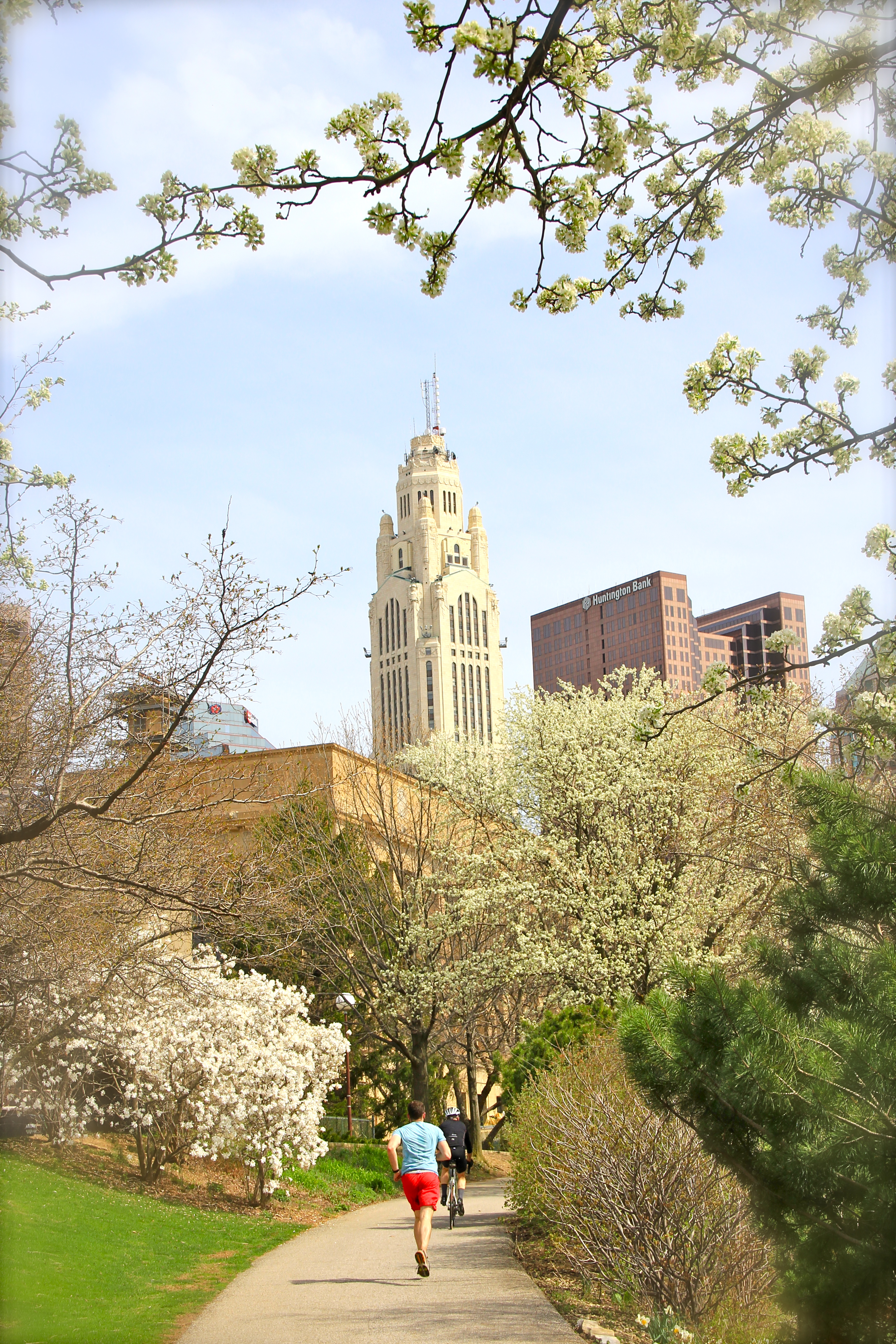 leveque tower | spring in columbus | girl about columbus