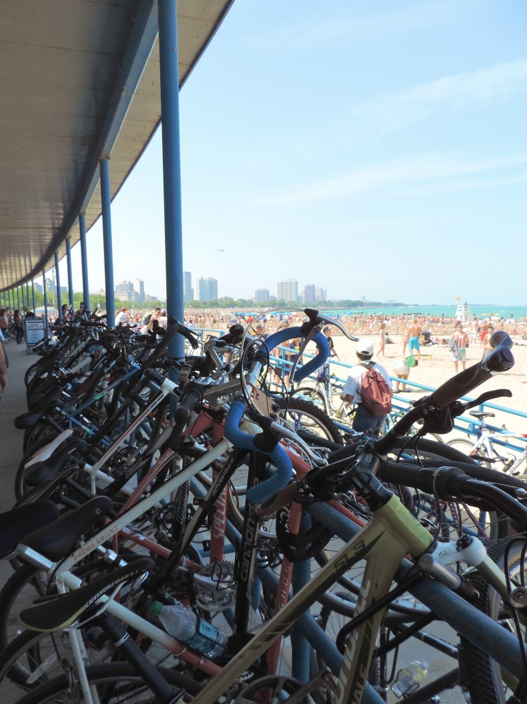 castaways-chicago-beach-bar