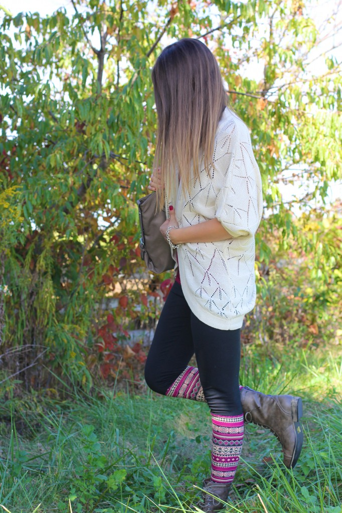 fall_leggings_boots_cardigan