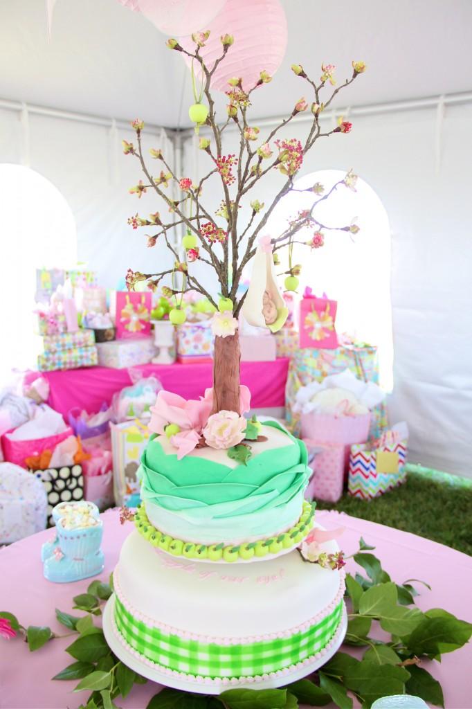 apple_tree_baby_shower_cake