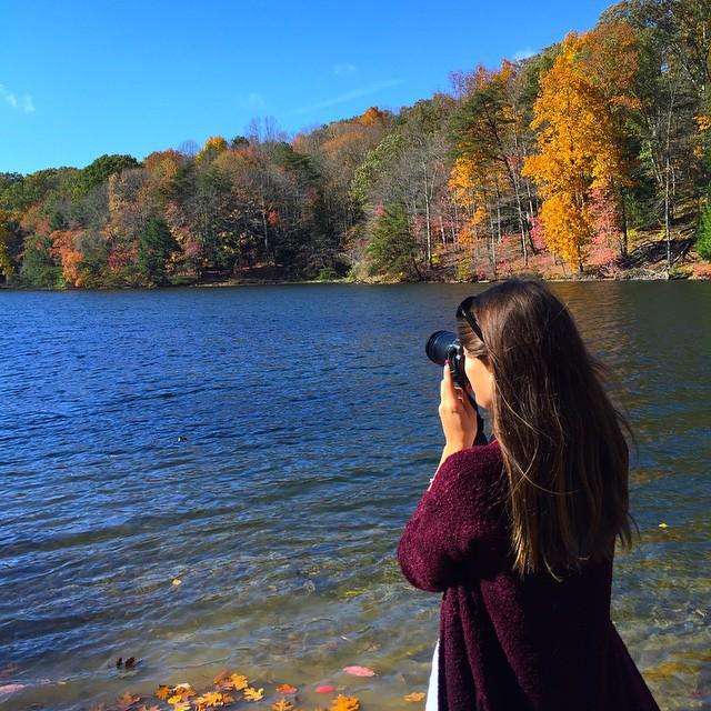 hocking-hills-rose-lake-girl-about-columbus