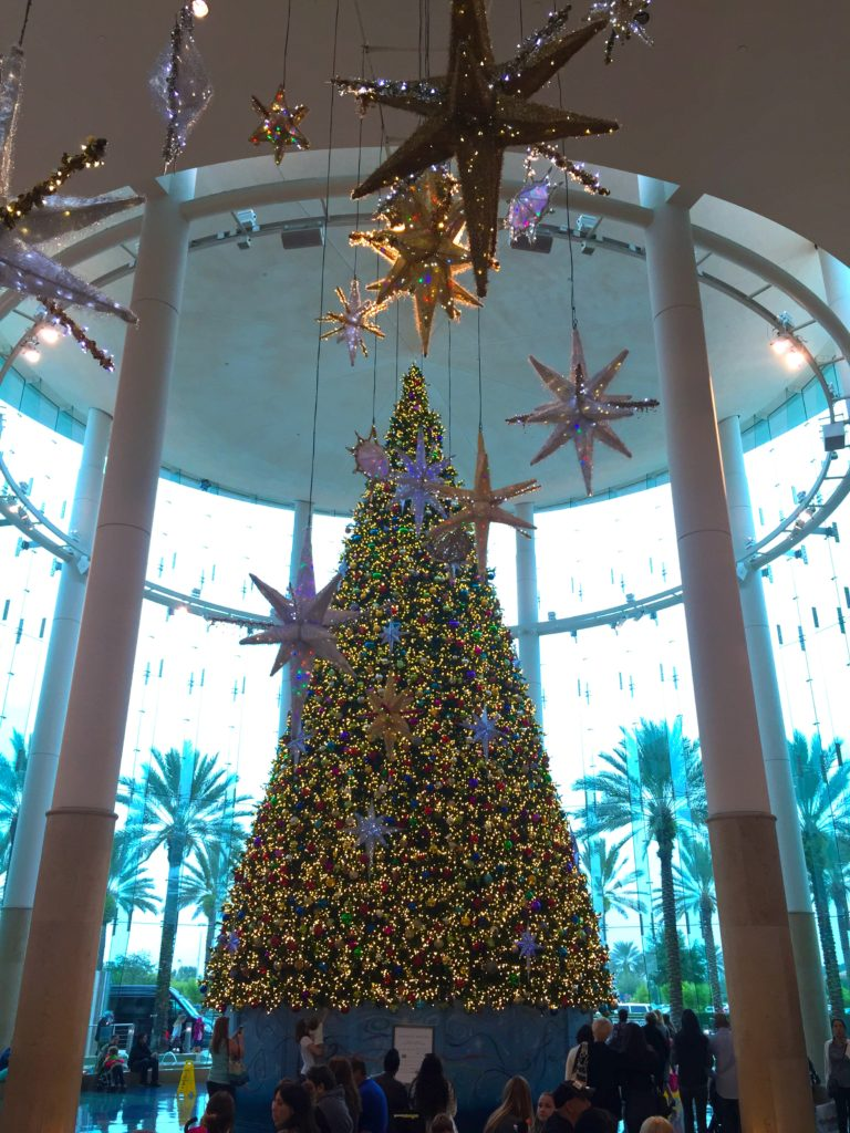 milennia-mall-orlando-florida-christmas-tree