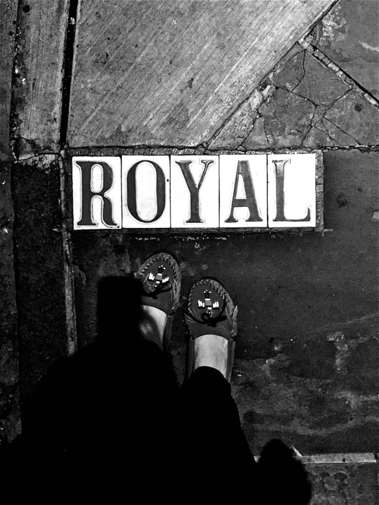 royal-street-sign-new-orleans