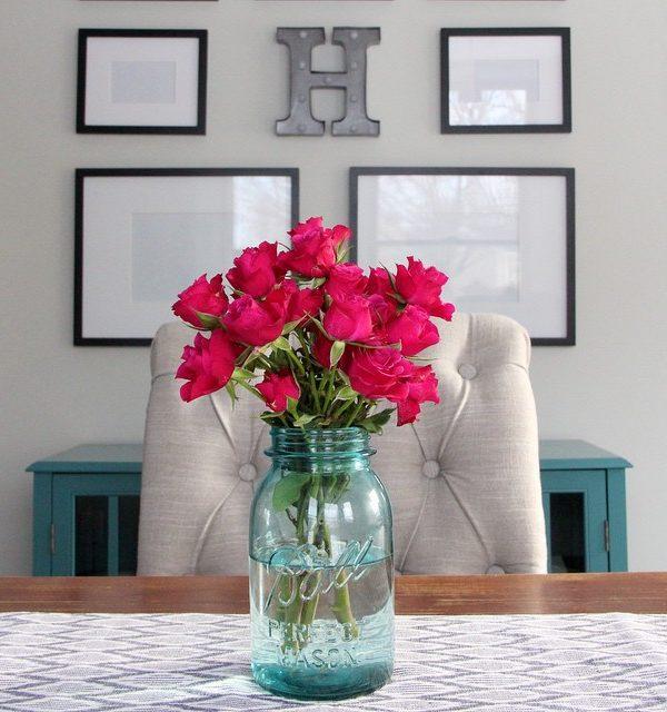 roses-in-mason-jar