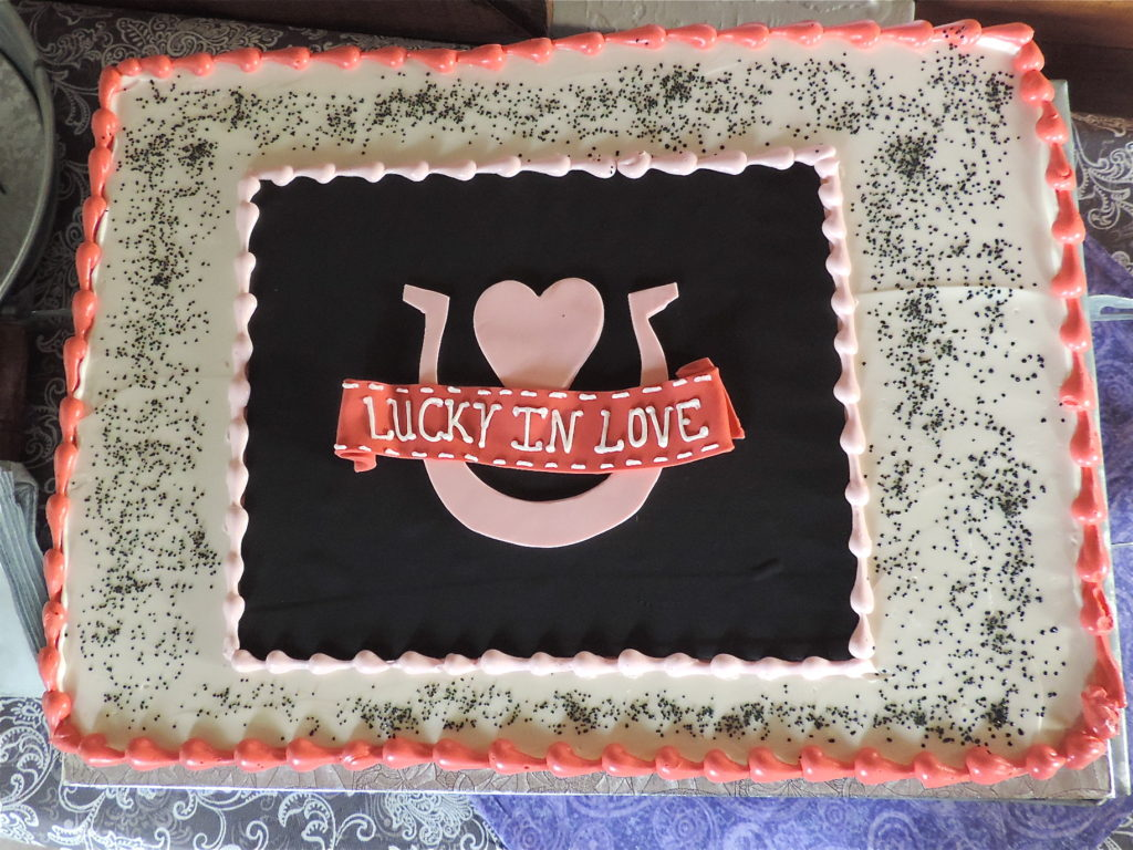 lucky-in-love-bridal-shower-theme