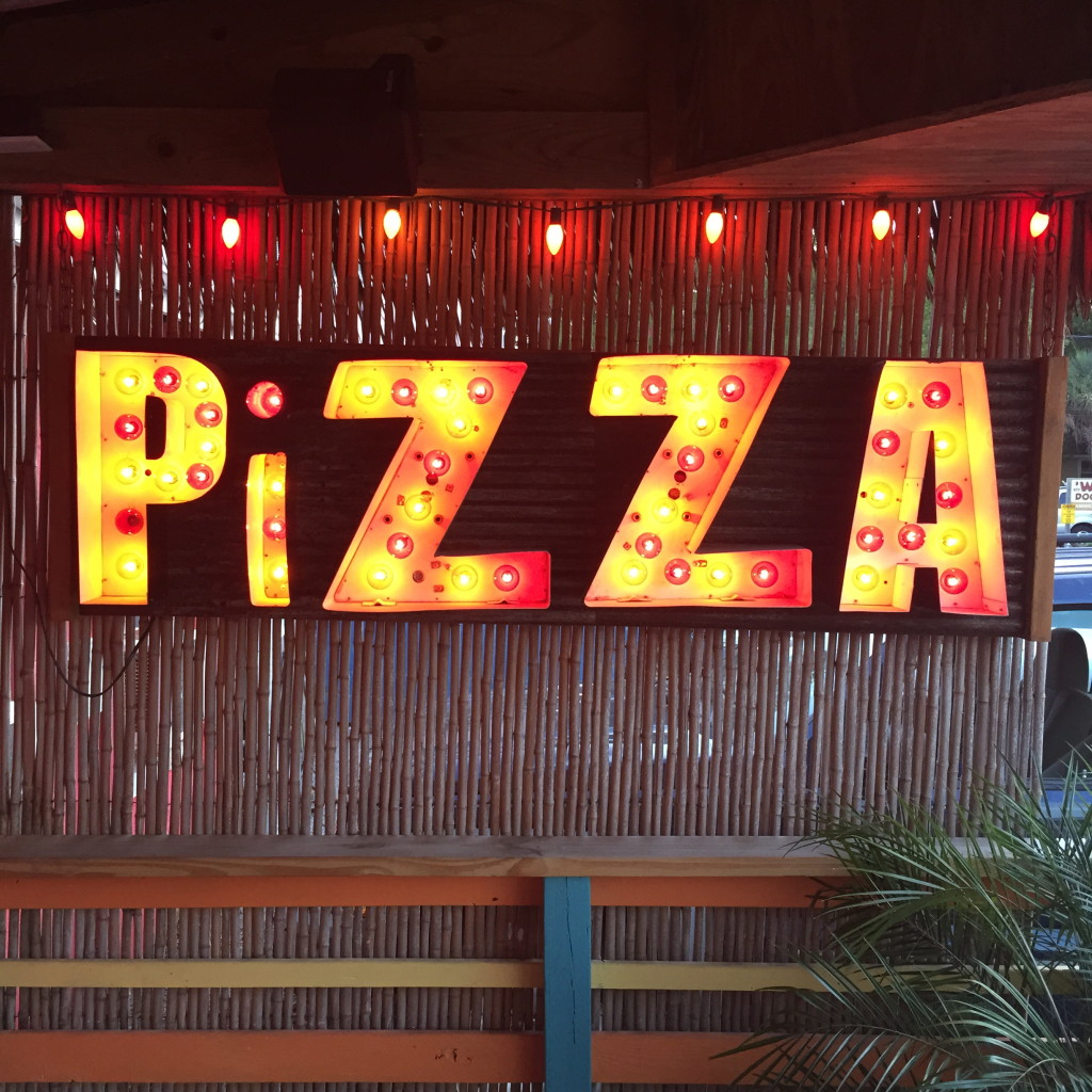 woodys-pizza-folly-beach