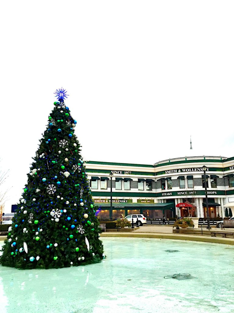 easton-town-center-christmas-tree