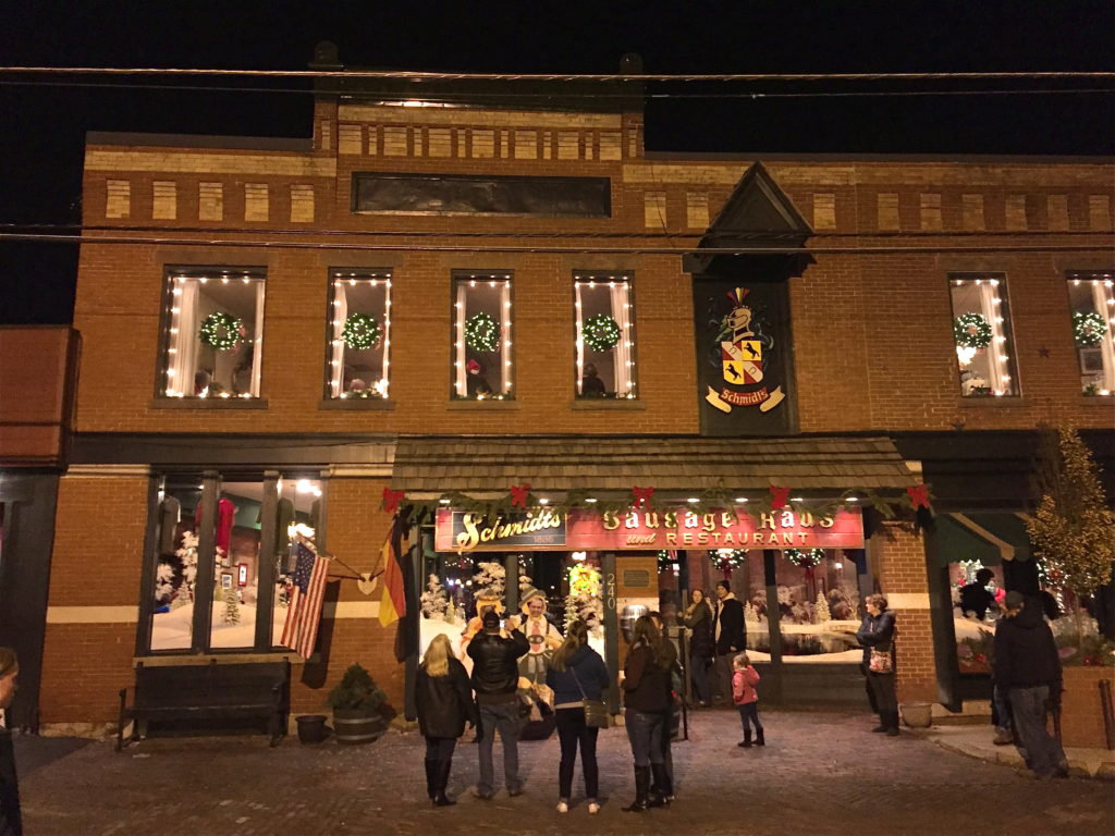German Village Lights | girl about columbus