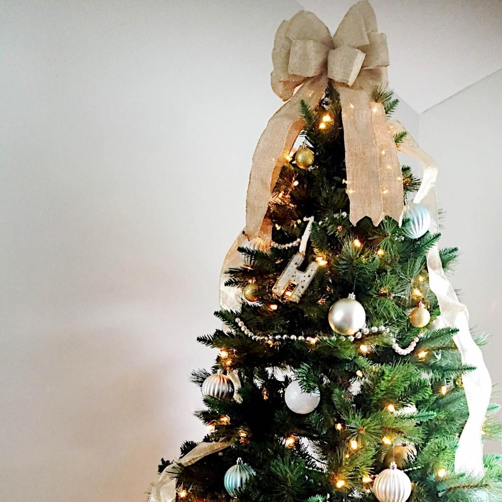 gac-at-home-christmas-tree