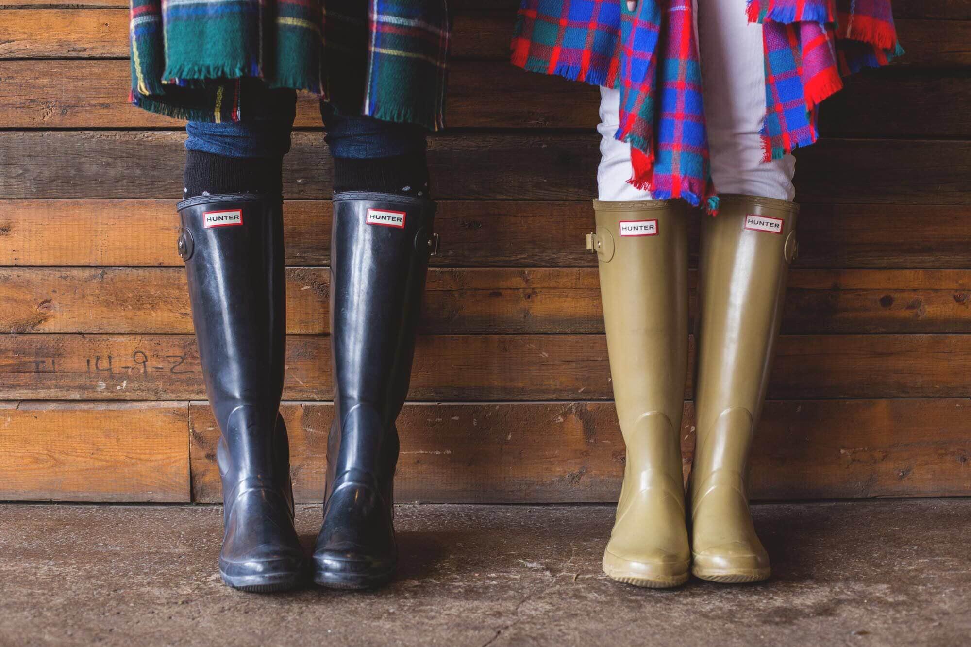 hunter-boots-blanket-scarves