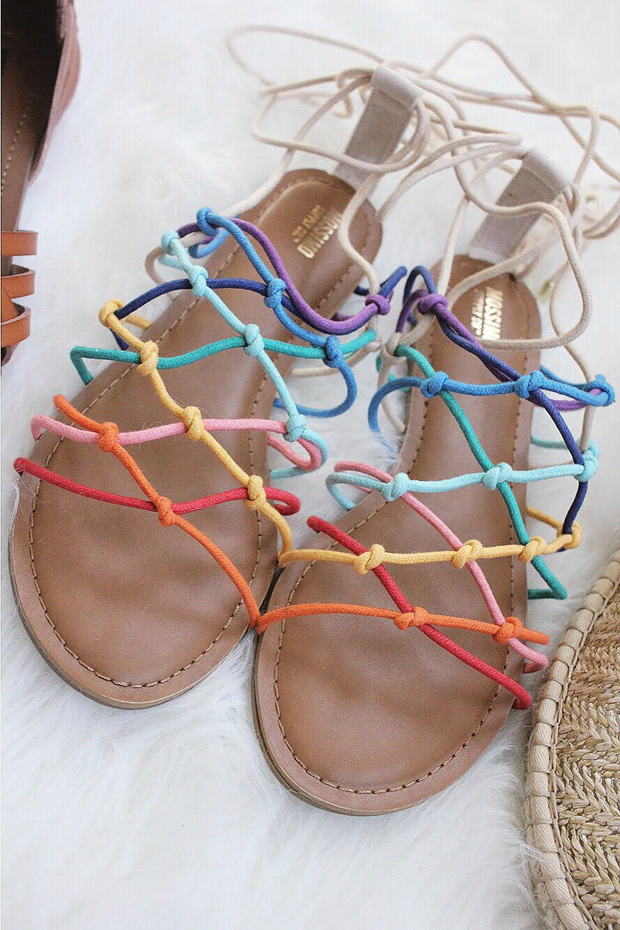 rainbow sandals // girl about columbus
