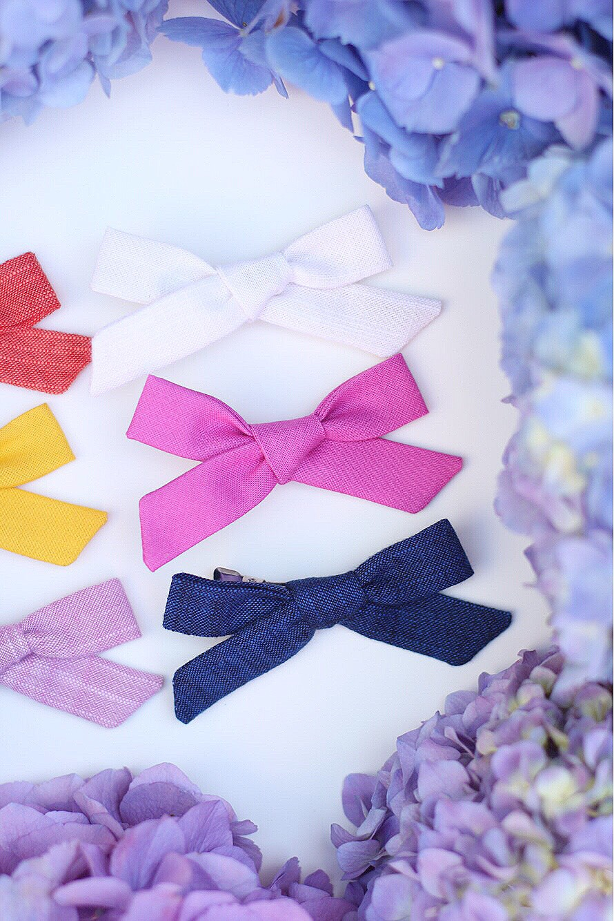 cute baby girl hair bows // girl about columbus