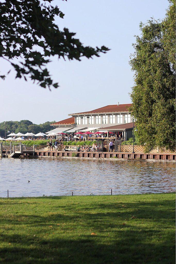 boatwerks restaurant in holland michigan
