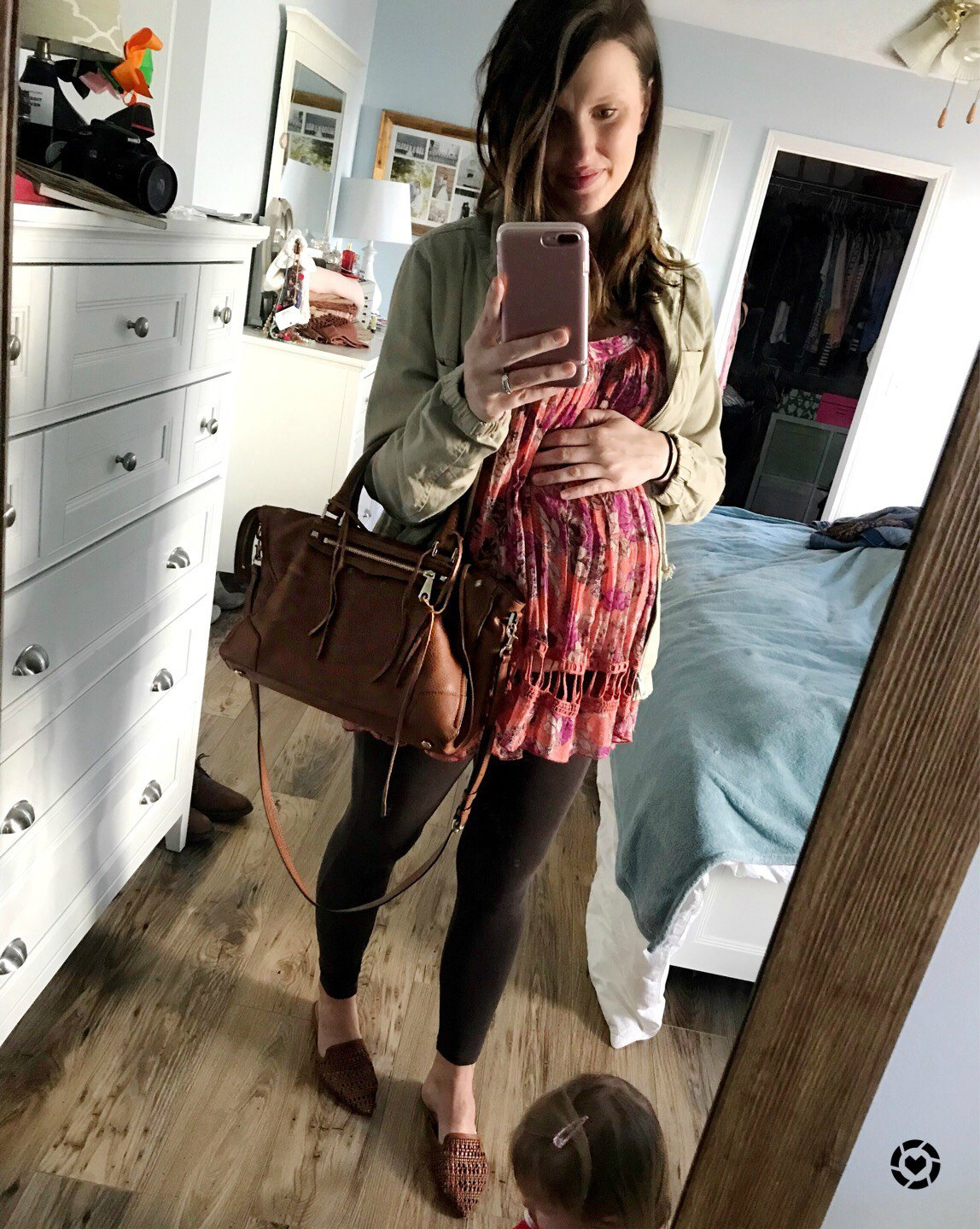 third trimester bump