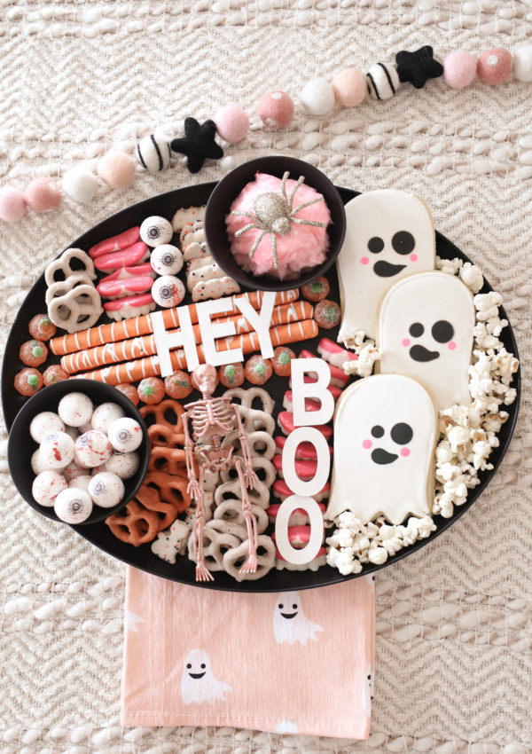 How to Make a Halloween Snack Board